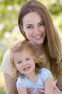 μαμά με μικρή κόρη