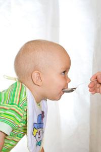 διαδικασία ταΐσματος, επιλογή μπιμπερό, μωρό, νεογέννητο