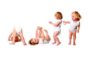 μωρό διάφορες στάσεις