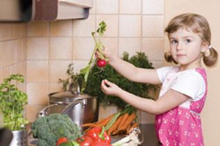 κορίτσι με λαχανικά