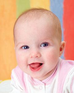 μωρό χαρούμενο