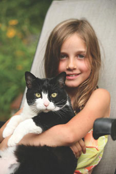 κορίτσι με γάτα