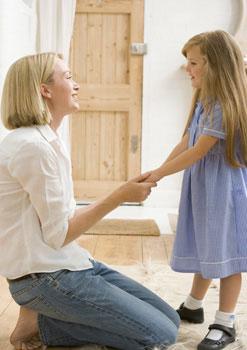 μαμά και κόρη συζητανε