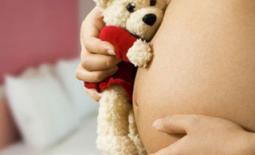 κοιλιά εγκυου γυναίκας